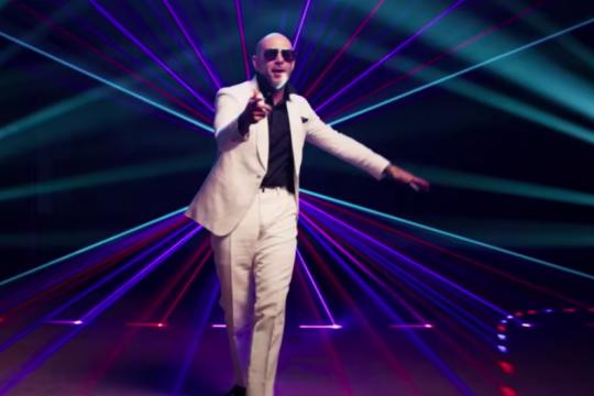 Mala (Remix) – Pitbull feat. Becky G & De La Ghetto